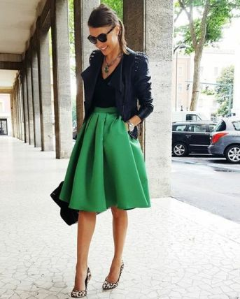 https://www.archandbow.com/2017/01/20/how-to-wear-the-color-of-2017-greenery/