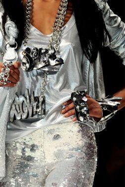 e66d2c1d9fcbc9e6cb4b25c7052edddb--sparkles-glitter-silver-color